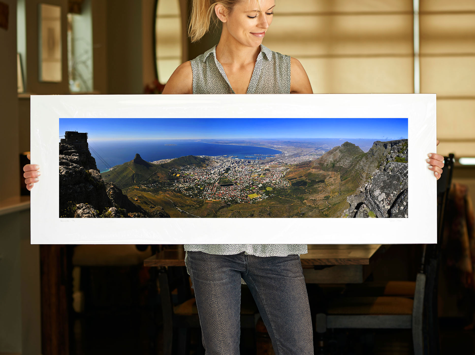 A 40 inch sample of: Cape Town, South Africa, View from Table Mountain, I | <a href=