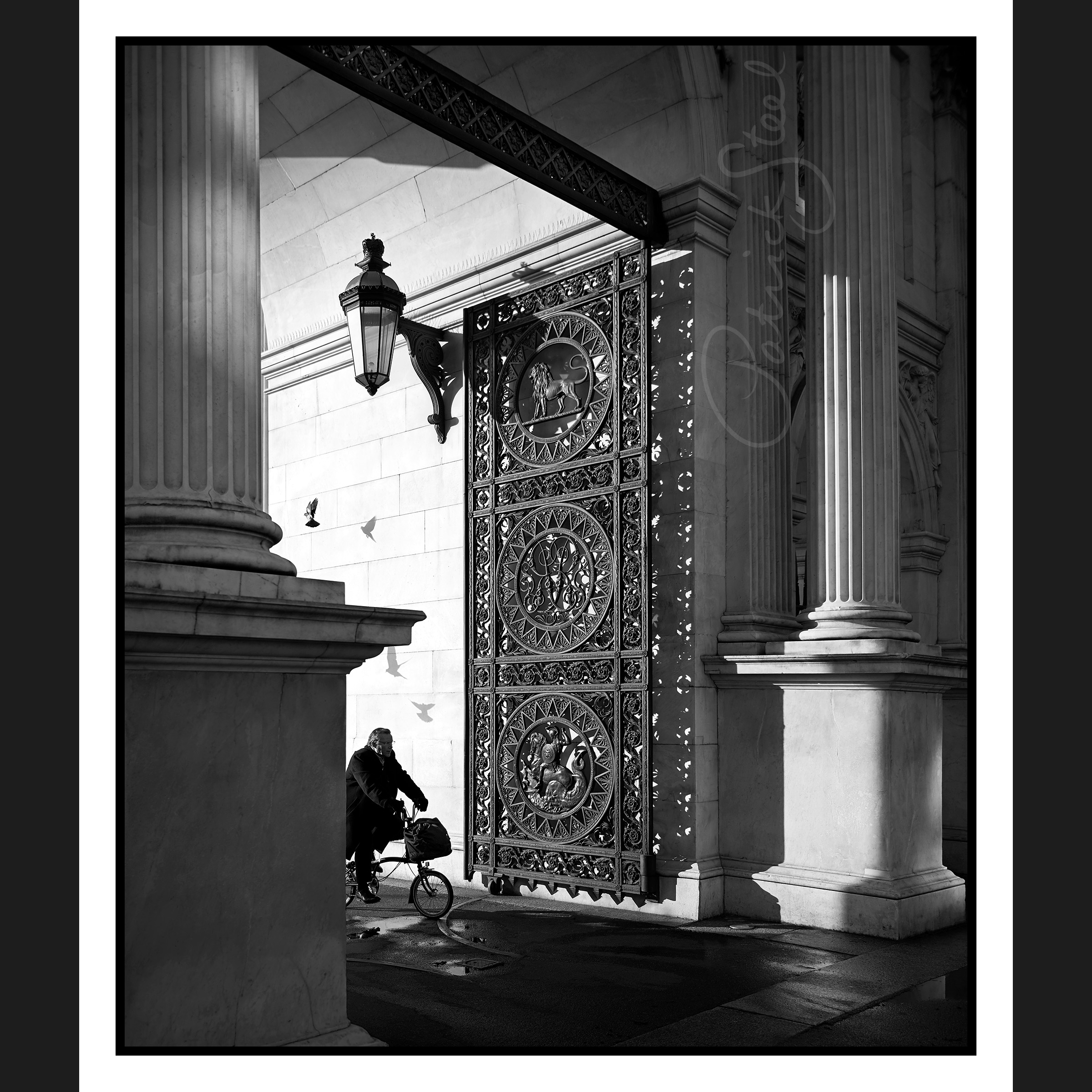 Title: Marble Arch at Dawn, London | B&W | Details coming soon...